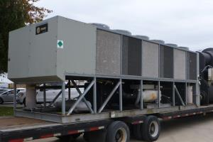Reconditioned Used 225 Ton Trane RTAC225 Air Cooled Surplus Used Trane Chiller